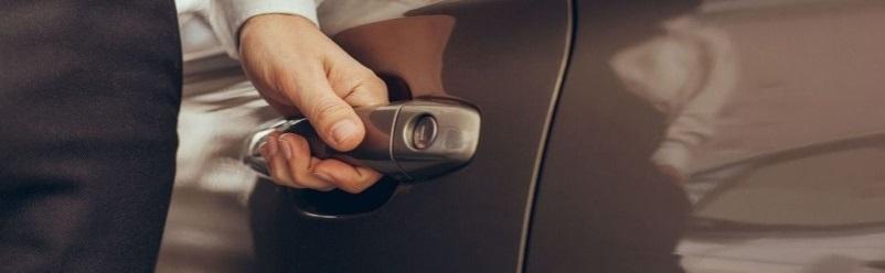 autónyitás, autózár nyitás, autózár javítás, autó nyitás, autó zárnyitás, autó zárjavítás, zárjavítás, zárnyitás, alfa romeo, alfa romeo nyitás